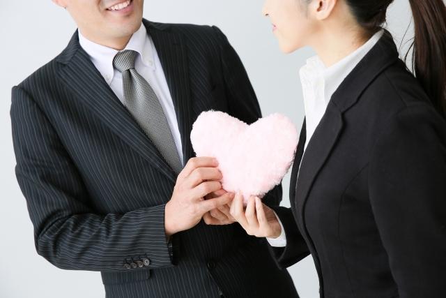 職場恋愛のアプローチで男性向けのものはどんなもの?